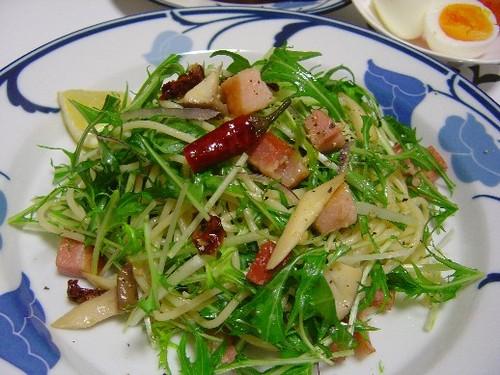 水菜と角ベーコンのパスタ(20070310)